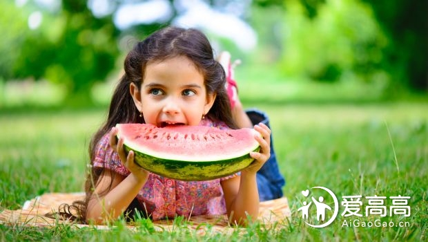 10 Amazing Summer Foods for Kids to Keep Them Energetic